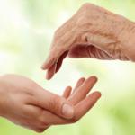 Cuide bem das suas mãos, elas entregam a sua idade!